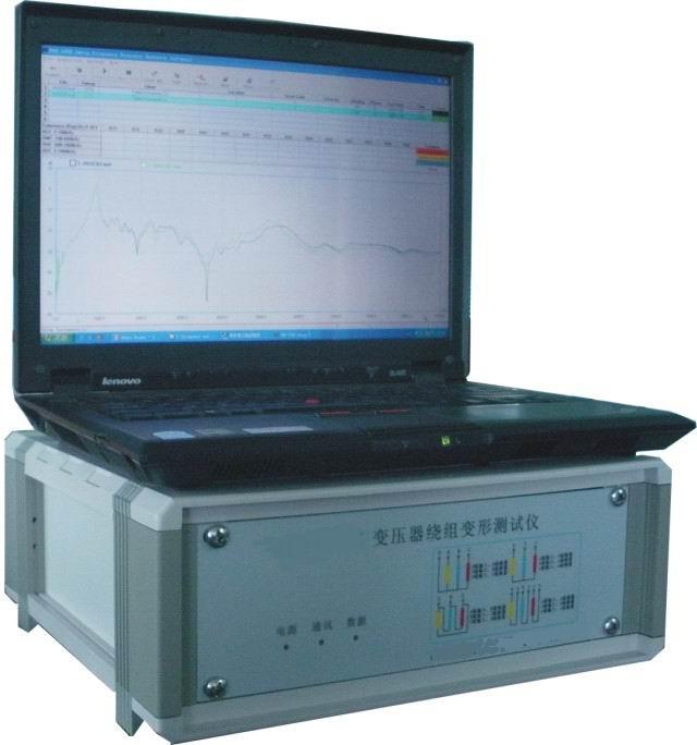 SBBX-E绕组变形测试仪用于测试6kV及以上电压等级电力变压器及其它特殊用途的变压器,电力变压器在运行或者运输过程中不可避免地要遭受各种故障短路电流的冲击或者物理撞击,在短路电流产生的强大电动力作用下,变压器绕组可能失去稳定性,导致局部扭曲、鼓包或移位等永久变形现象,这样将严重影响变压器的安全运行。按国家电力行业标准DL/T911-2004采用频率响应分析法测量变压器的绕组变形,是通过检测变压器各个绕组的幅频响应特性,并对检测结果进行纵向或横向比较,根据幅频响应特性的变化程度,判断变压器绕组可能发生的变